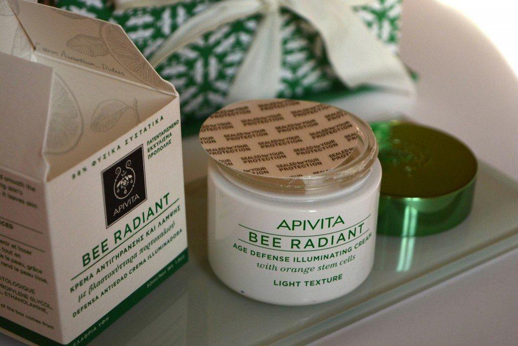 apivita-beeradiant-lightexture-beautybarometer-review-decembrie2015 (17)