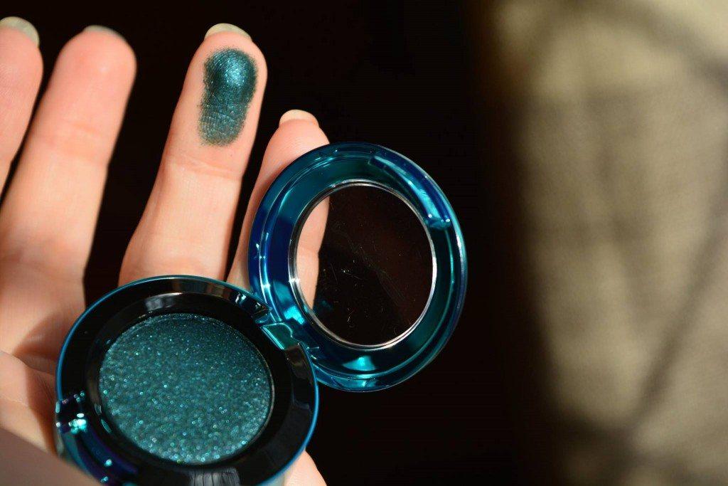 maccosmeticsromania-beautybarometer-magicofthenight-rendezvous-tonightsthenight-swatches-preview-2015 (27)
