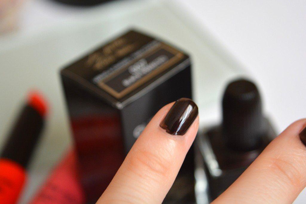 guerlain-beautybarometer-lapetiterobenoire-blackperfecto