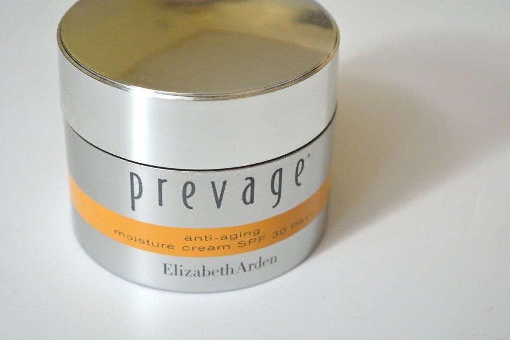 elizabetharden-prevage-antiagingmoisturizingcream-review-beautybarometer2016