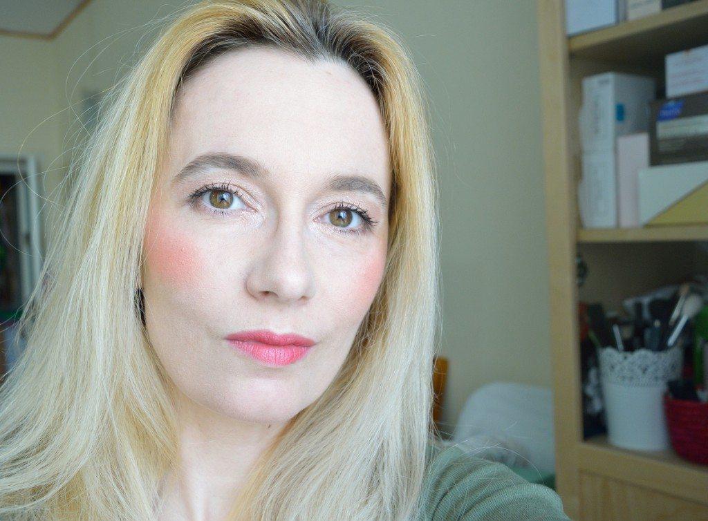 machiajdevara-beautybarometer2016-makeuprevolution-flormar-bourjois